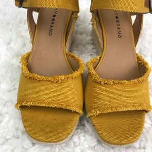 Lucky Brand   Mustard Color Distressed Wedges 6